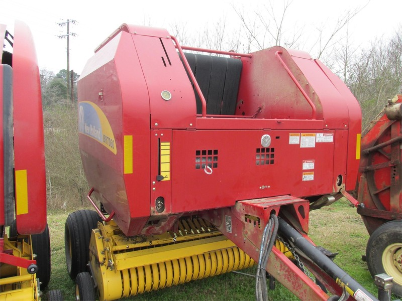 Used New Holland BR7060 Round Balers for Sale | Machinery Pete