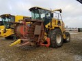 2001 New Holland FX38 Self-Propelled Forage Harvester