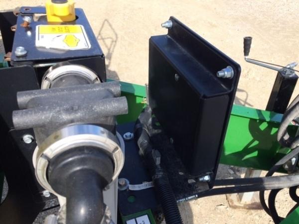 2015 Top Air TA-112 Pull-Type Sprayer