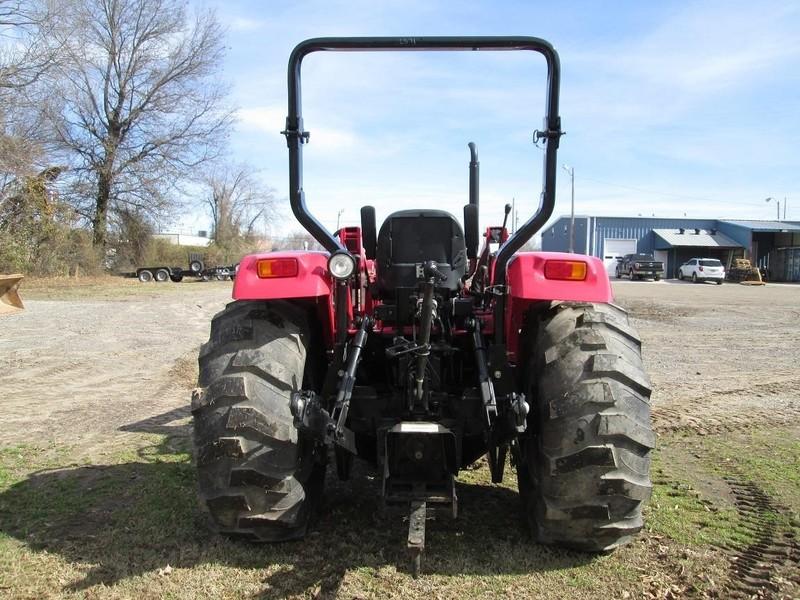 2017 Mahindra mPOWER 85 Tractor