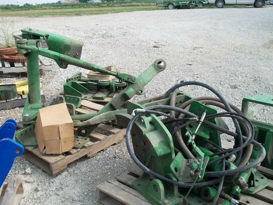 John Deere 9300T Hitch Tractor