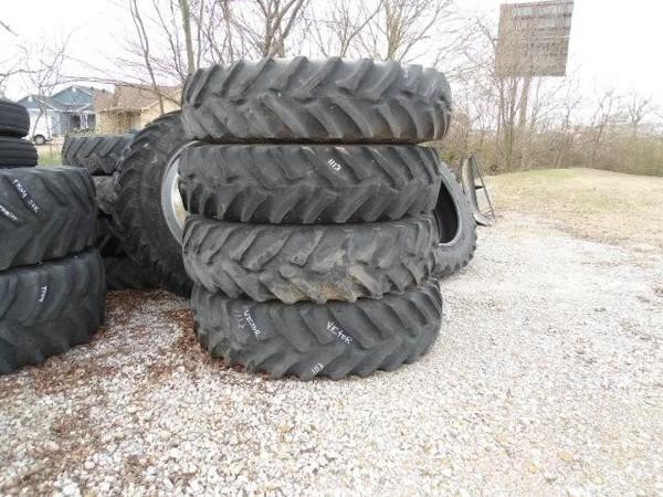 Titan 480/80R42 Wheels / Tires / Track