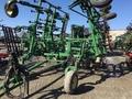 2003 John Deere 2200 Field Cultivator