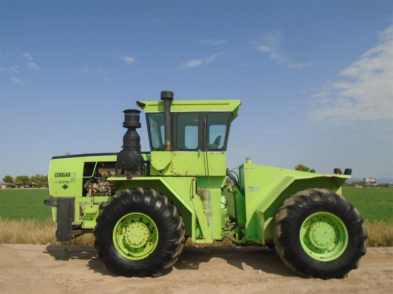 1976 Steiger Cougar III ST-270 Tractor