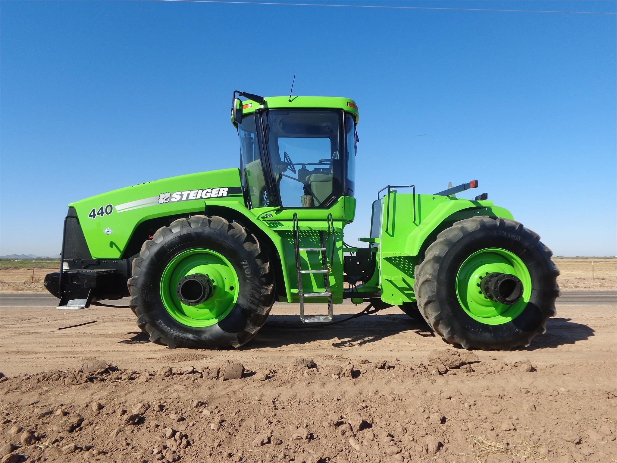 2001 Case IH STX440 Tractor