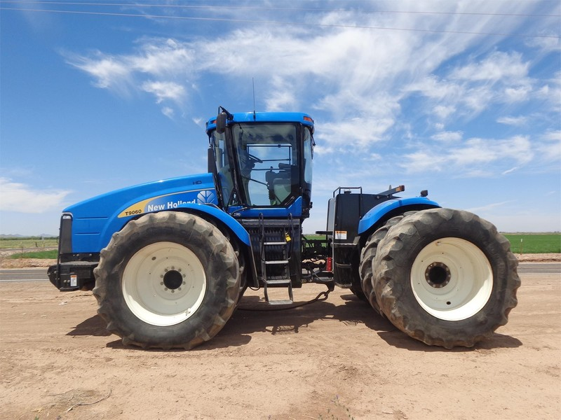 2011 New Holland T9060 HD Tractor