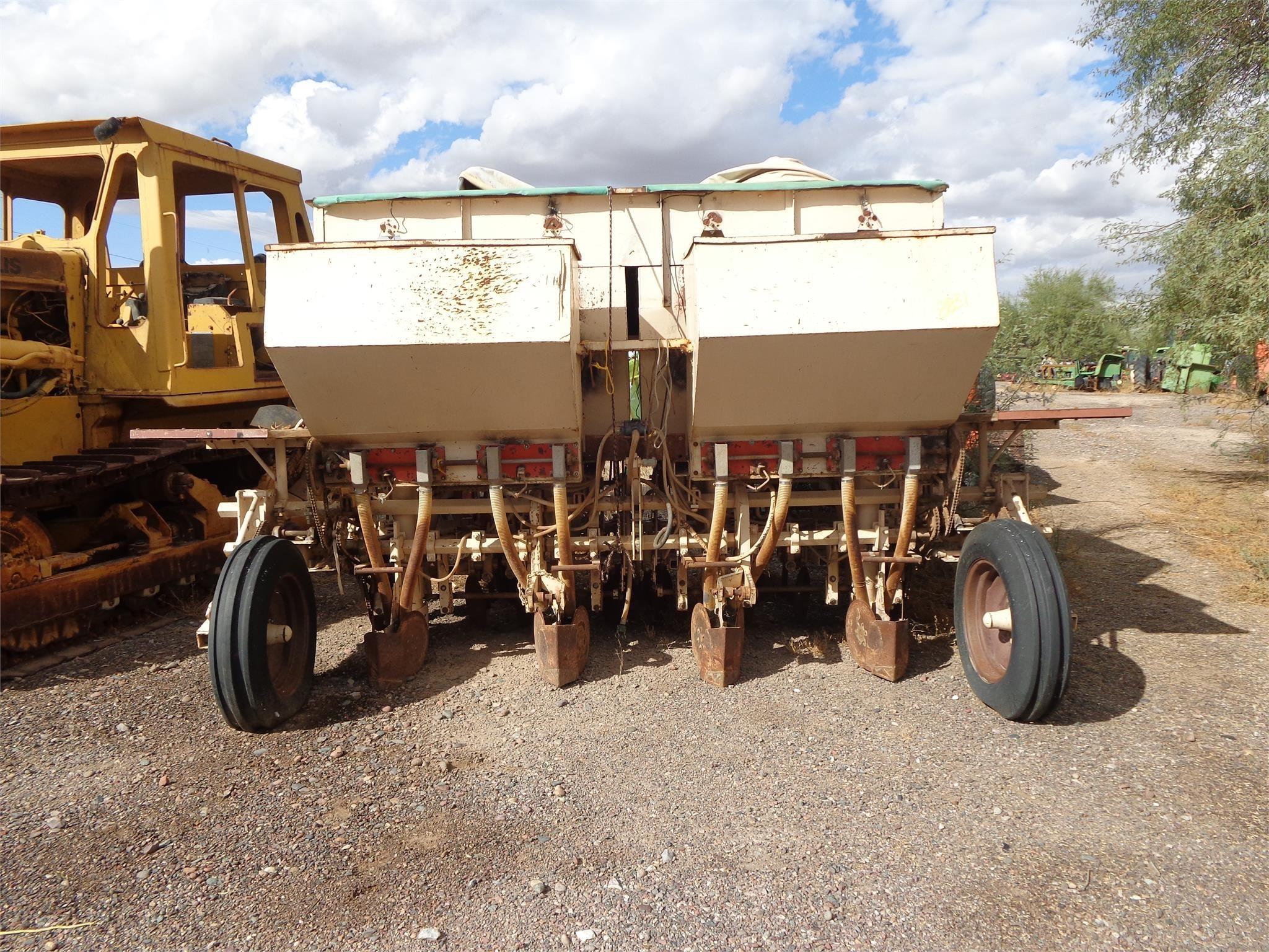 Lockwood 504 Potato Equipment