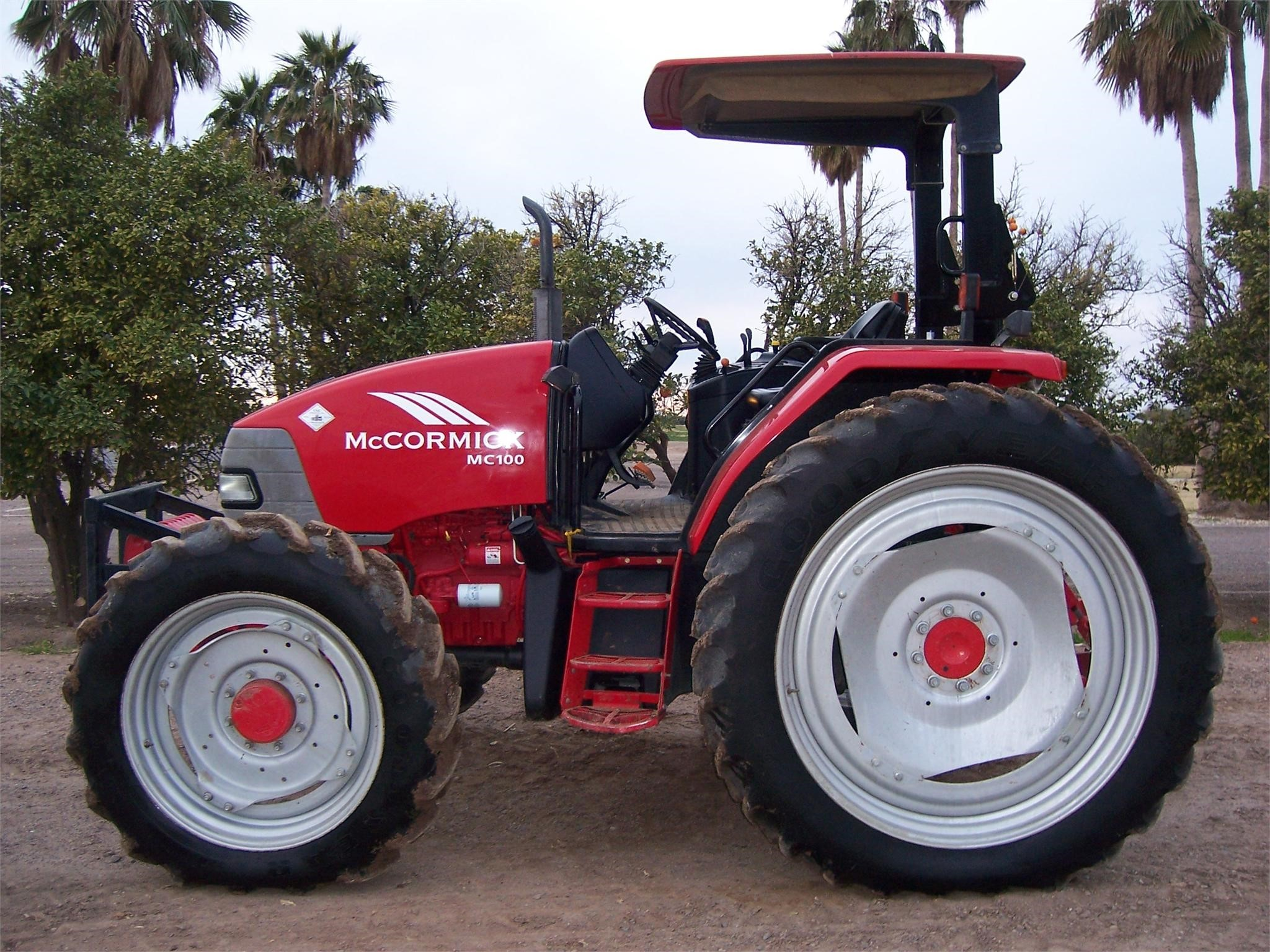 2003 McCormick MC100 Tractor