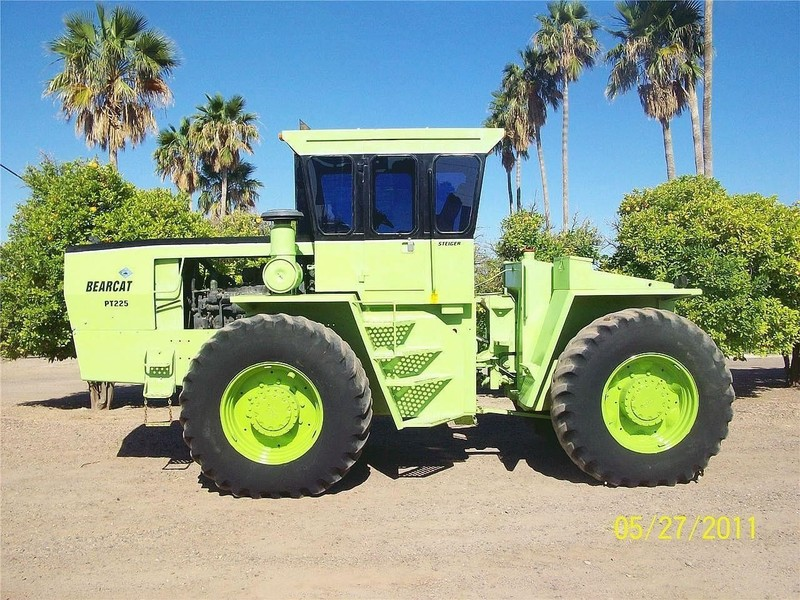 1980 Steiger Bearcat III PT225 Tractor