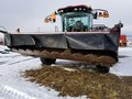 2016 MacDon M1240 Self-Propelled Windrowers and Swather