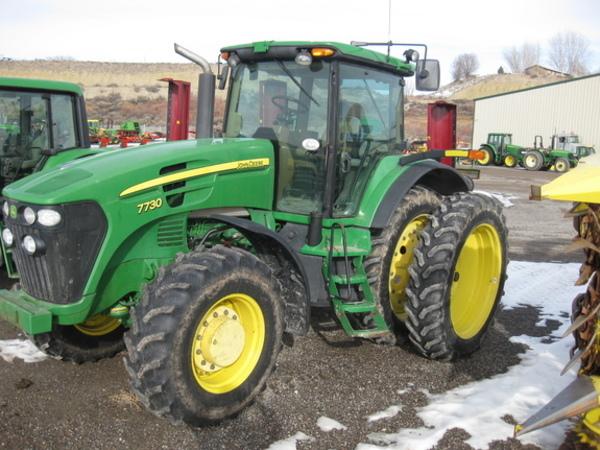 2006 John Deere 7730 Tractor
