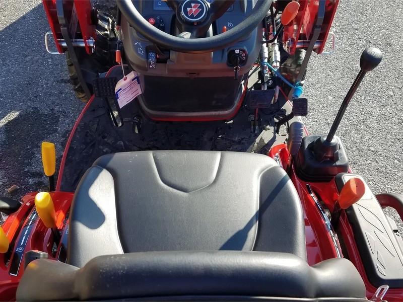 2019 Massey Ferguson GC1723E Tractor