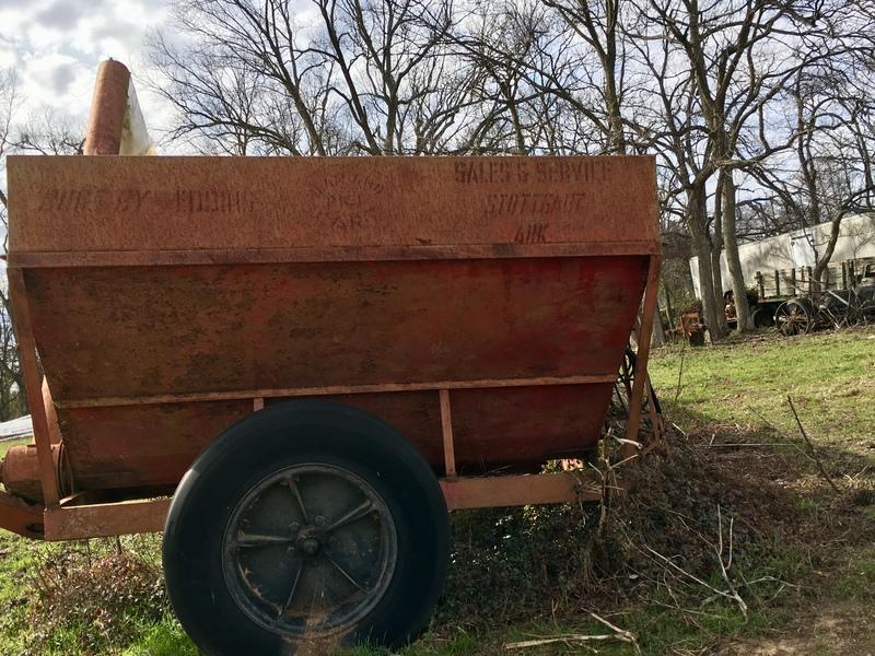 Eddins 250 Grain Cart