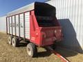 Gehl 1620 Forage Wagon