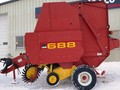 2002 New Holland 688 Round Baler