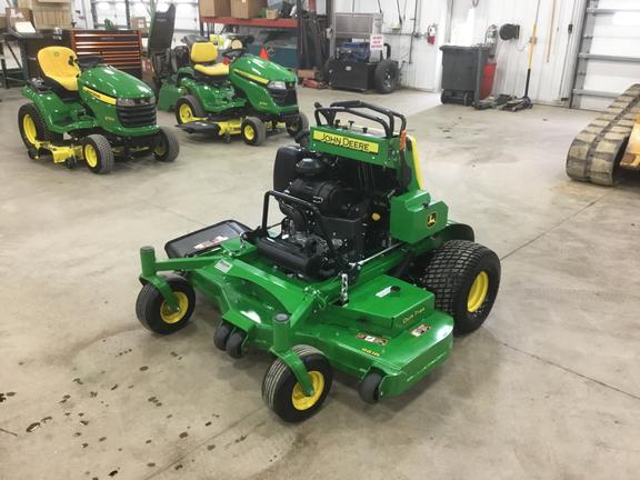 2018 John Deere 661R Lawn and Garden