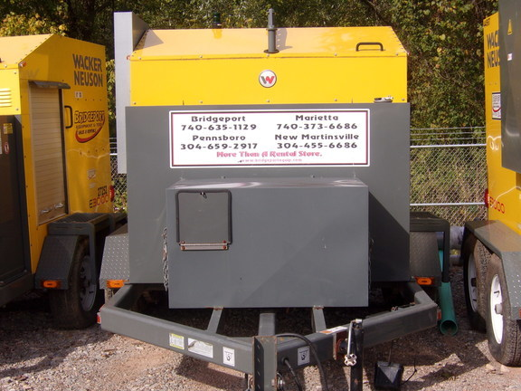 2011 Wacker Neuson E3000 Compacting and Paving