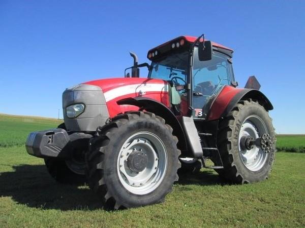 2010 McCormick XTX165 Tractor