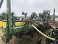 2001 John Deere 1700 Planter