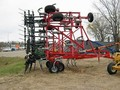 2013 Wil-Rich 5800 Chisel Plow