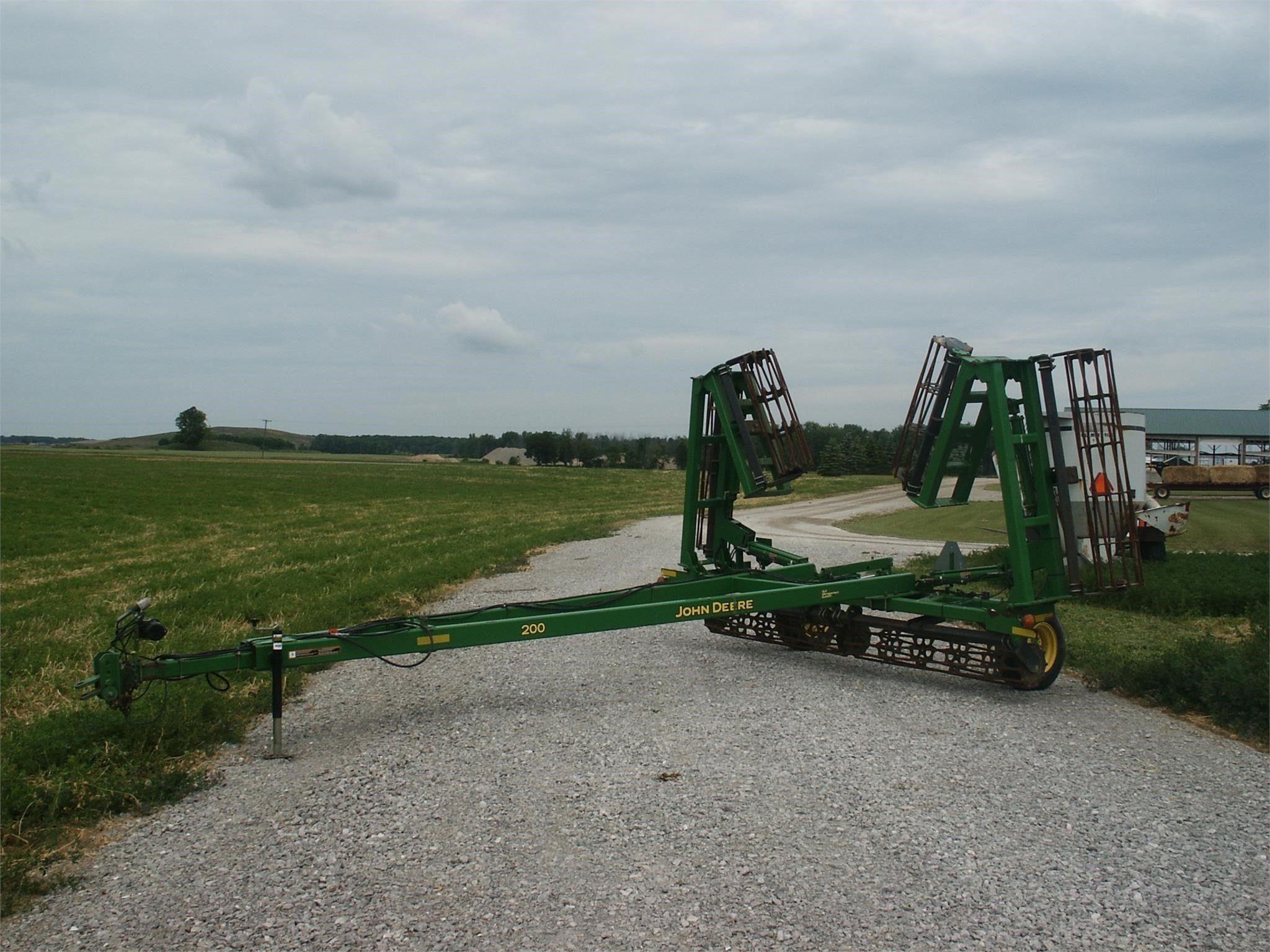 2006 John Deere 200 Soil Finisher