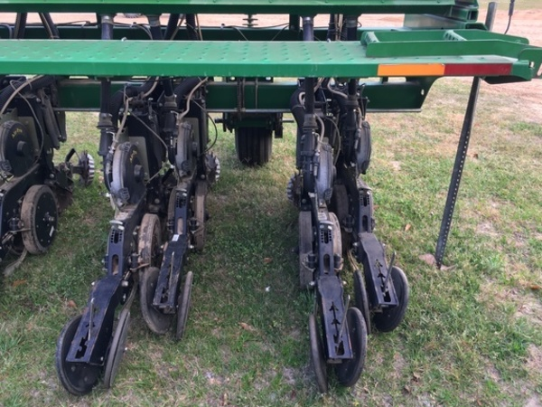 Great Plains 2525A Drill
