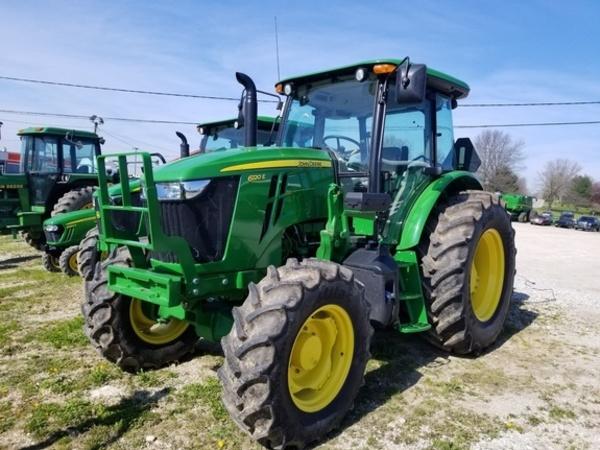2016 John Deere 6120E Tractor