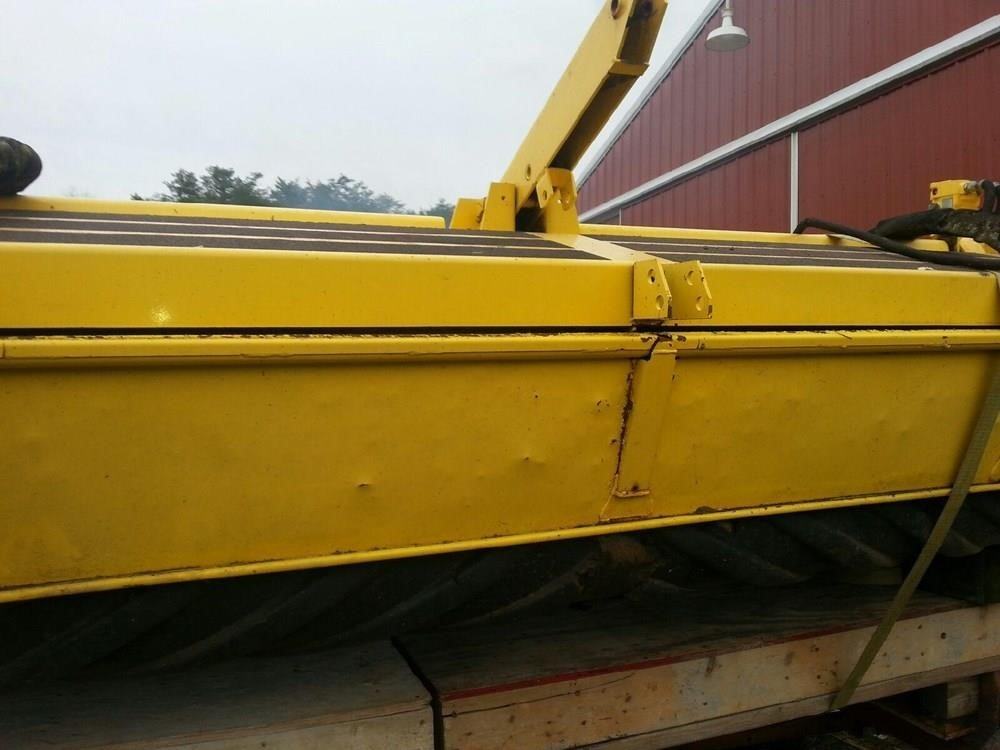 New Holland 2355 Self-Propelled Windrowers and Swather