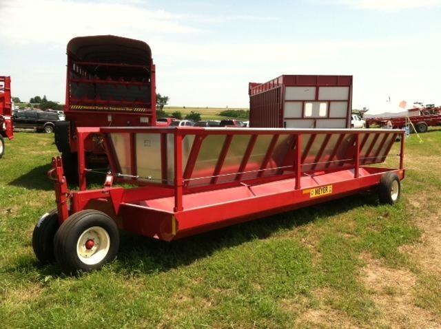 2021 Meyer P200 Feed Wagon