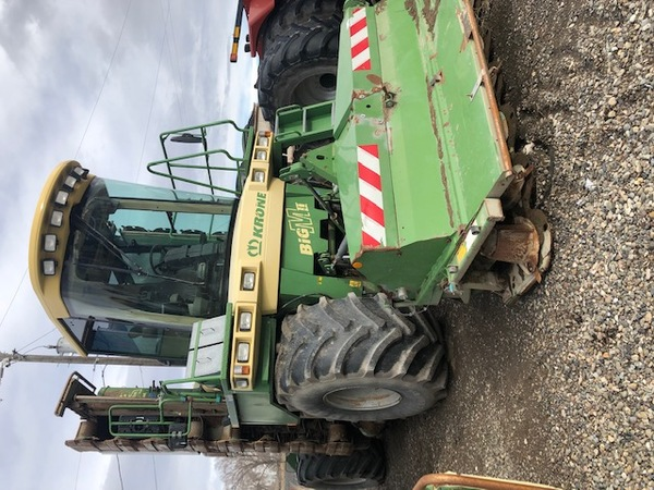 2008 Krone Big-M II Self-Propelled Windrowers and Swather