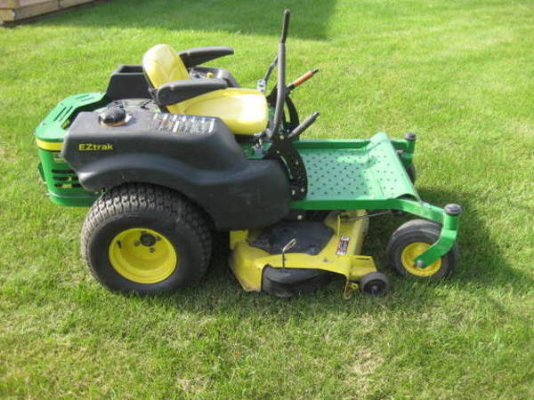 John Deere Z425 Lawn and Garden for Sale | Machinery Pete