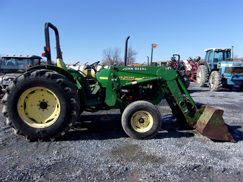 2001 John Deere 5205 Tractor