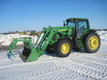 2009 John Deere 7230 Premium 100-174 HP