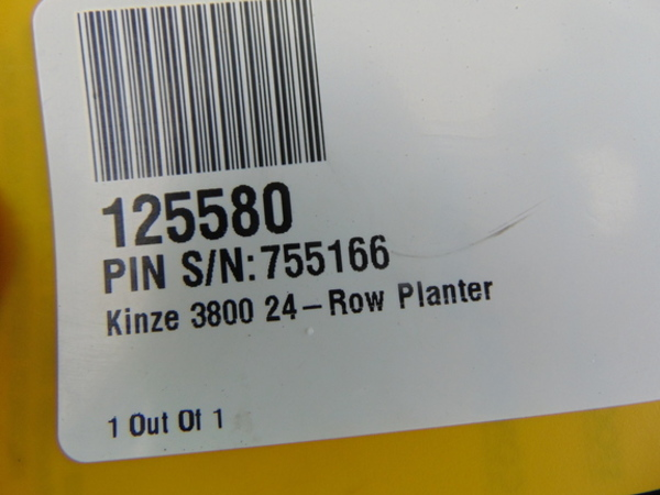 2007 Kinze 3800 Planter