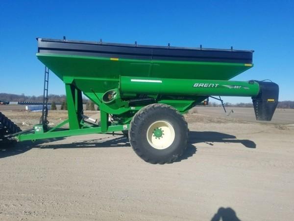 2011 Brent 882 Grain Cart