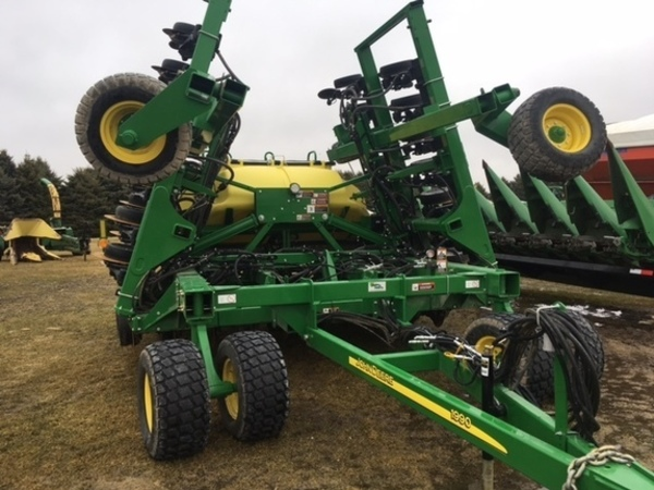 2016 John Deere 1990 Air Seeder