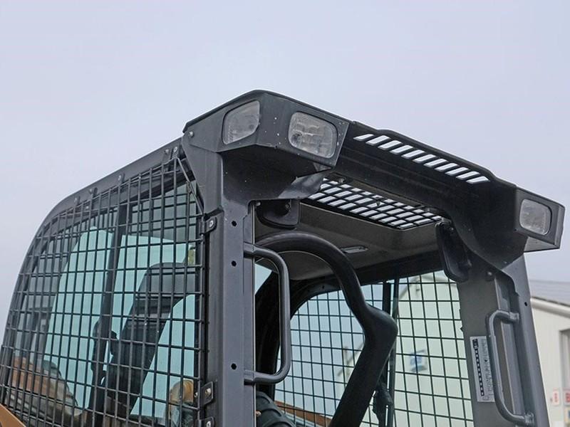 2015 Case SR210 Skid Steer