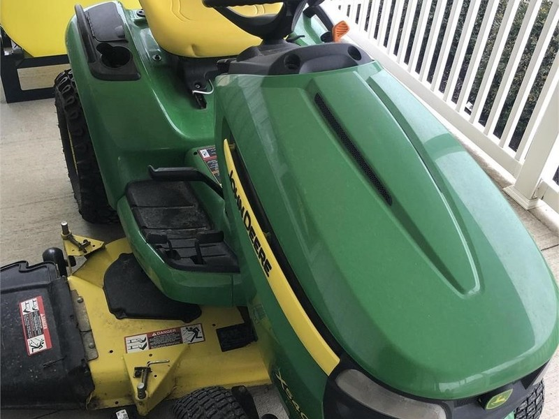 2014 John Deere X540 Lawn and Garden