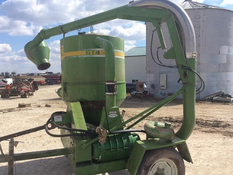 Walinga 614 Deluxe Grain Vac