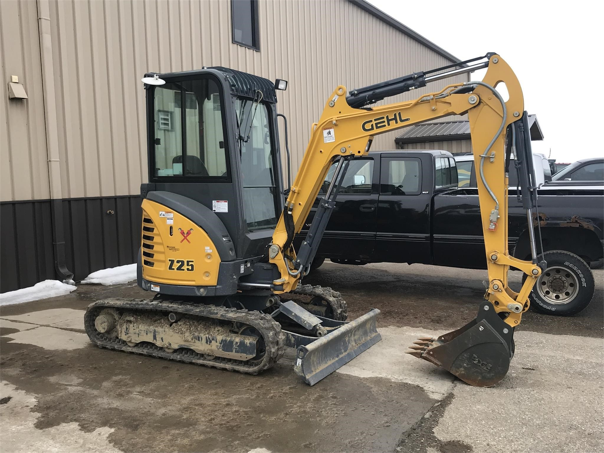 2018 Gehl Z25 Excavators and Mini Excavator