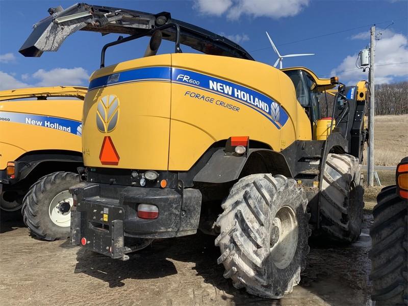2015 New Holland FR600 Self-Propelled Forage Harvester