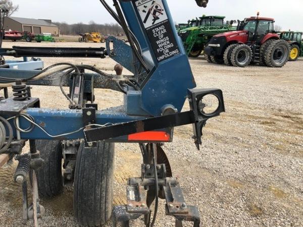 2012 Dalton Ag Products DW6035 Toolbar