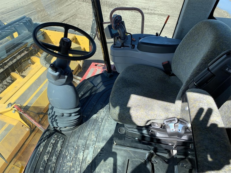 2014 New Holland Speedrower 130 Self-Propelled Windrowers and Swather