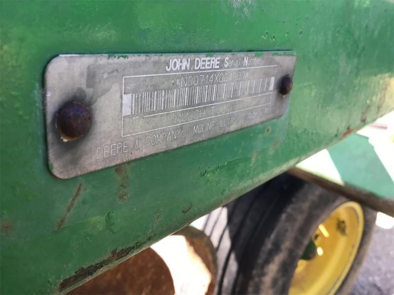 John Deere 714 Disk Chisel
