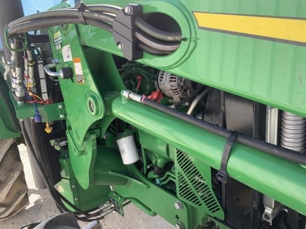 2018 John Deere 5100E Tractor