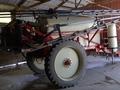 2013 Buhler Farm King 1200 Pull-Type Sprayer