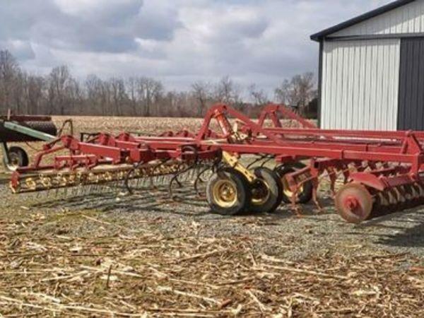 Krause 6155 Soil Finisher