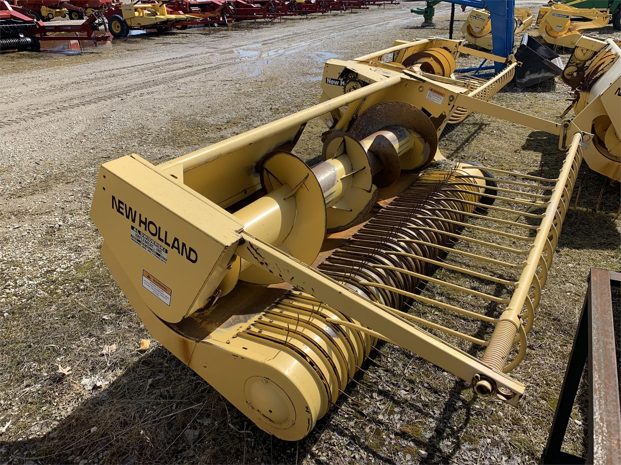 1998 New Holland 900W Pull-Type Forage Harvester