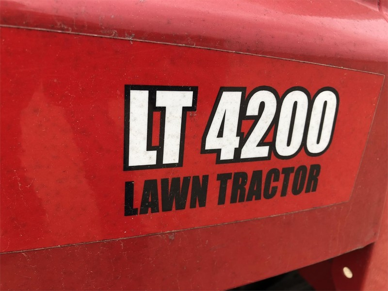Huskee LT4200 Lawn and Garden - Meeker, Oklahoma | Machinery