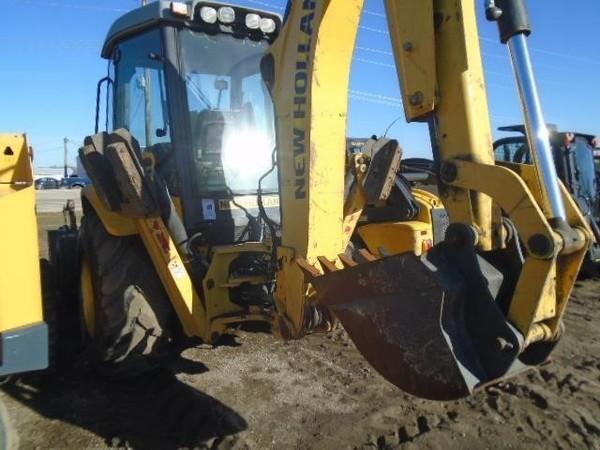 2009 New Holland B95B Backhoe